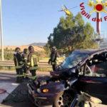 Incidenti stradali:scontro auto-furgone,due morti