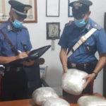 Droga:nascondeva 4,5 kg di marijuana nel trolley,arrestato