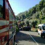Incidenti lavoro: si ribalta trattore, morto 50enne