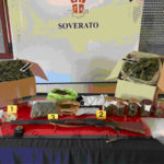 Droga:5kg di marijuana e 24 piante di cannabis sequestrate un arresto