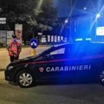 Picchia la compagna ed aggredisce i carabinieri, 21enne arrestato