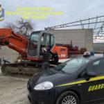 Abusivismo:sbancamento area per costruire villette,2 denunce