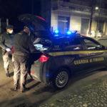 Aveva 200 mila euro nascosti in auto,denunciato imprenditore