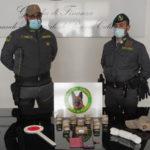 Droga: corriere bloccato da Gdf a imbarcaderi per la Sicilia