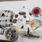 Droga: aveva in casa marijuana cocaina e hascisc,arrestato