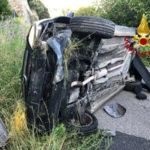 Incidenti stradali: Auto si ribalta sulla provinciale 163 nel comune di Falerma